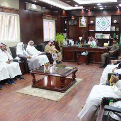 بالصور رئيس بلدية فيد يجتمع بمدير عام هيئةالسياحة والاثار بحائل لمناقشة مهرجان درب زبيده