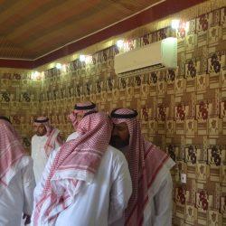 بالصور رئيس مركز امارة الأجفر يستقبل المهنئين بعيد الأضحى المبارك
