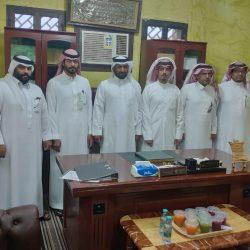 رئيس لجنة التنمية الاجتماعية بمدينة الاجفر السابق يقيم حفلاً تكريمياً لاعضاء مجلس ادارته بمناسبة انتهاء عمل اللجنة