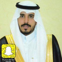 محمد يضئ منزل نادر محمد القاسم